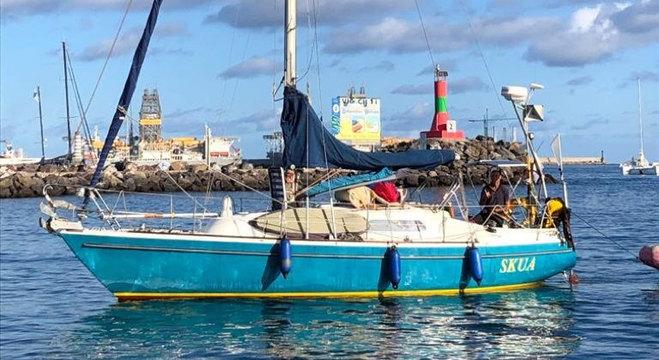 Ballestero cruzou o Atlântico em veleiro de 8,8 metros