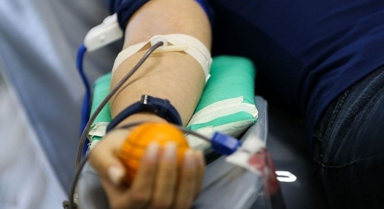 Com queda de 35% no estoque, Banco de Sangue de SP convoca doadores