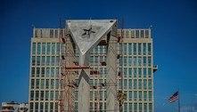 Cuba levanta bandeira de concreto em frente à embaixada dos EUA