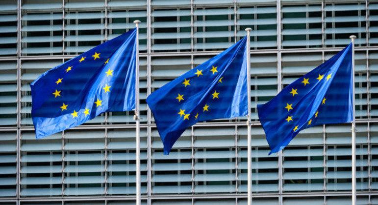 União Europeia proibiu companhias aéreas bielorrussas de sobrevoarem espaço aéreo do bloco