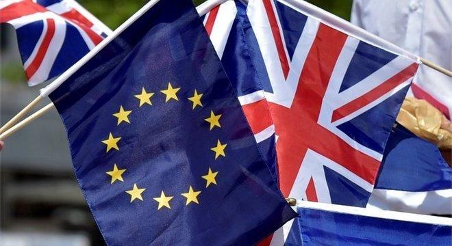 Sinais dados até agora pela UE é de que não há abertura para renegociar acordo do Brexit