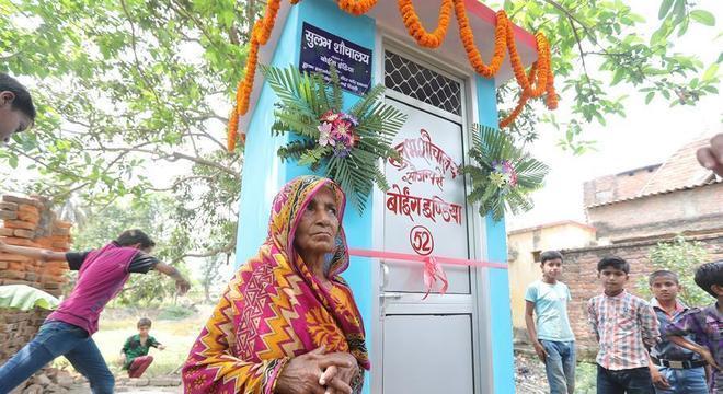100 milhões de banheiros foram entregues pelo programa Índia Limpa