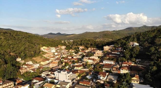 Cidade tem cerca de 30 mil habitantes impactados pelo risco da barragem romper