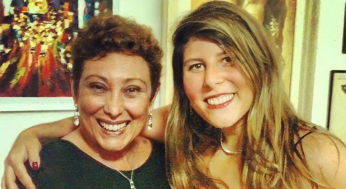 Vanessa Goulart atualizou seguidores sobre o estado de saúde da mãe, Bárbara Bruno