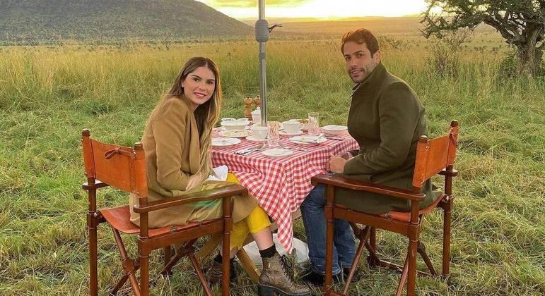Bárbara Evans e Gustavo Theodoro estão casados desde março