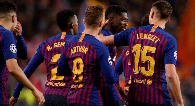 Barcelona, a passagem às oitavas na liderança do Grupo B