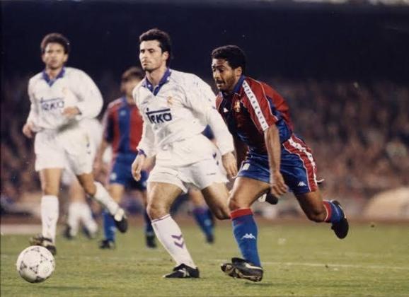 Barcelona 5 x 0 Real Madrid - 8 de janeiro de 1994 - Campeonato Espanhol - Camp Nou