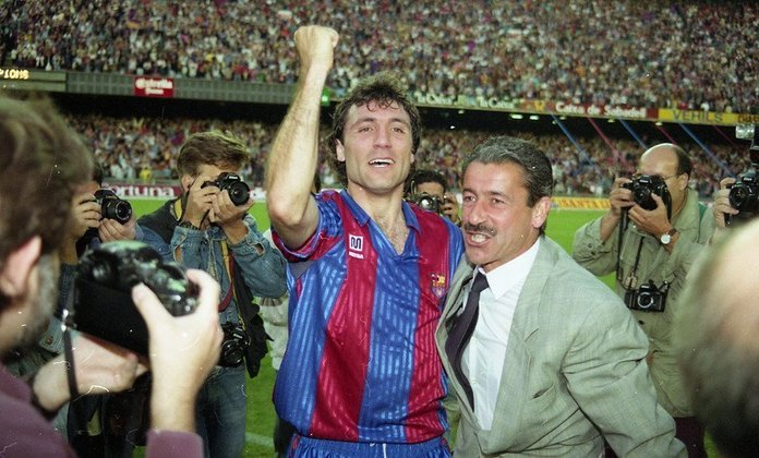 Barcelona - quatro títulos consecutivos do Campeonato Espanhol: 1990/1991 até 1993/1994
