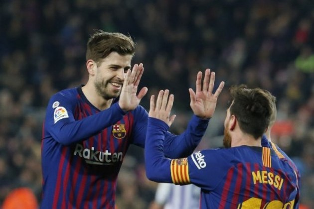 Barcelona - Ter Stegen, Semedo, Piqué, Lenglet, Alba; Busquets, De Jong, Pjanic; Griezmann, Messi e Martin Braithwaite. Técnico: Ronald Koeman.