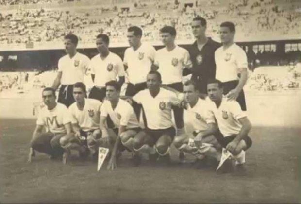 Barcelona x Corinthians - 4 jogos - 4 vitórias do Corinthians (1953 [foto], 1953, 1959 e 1969).