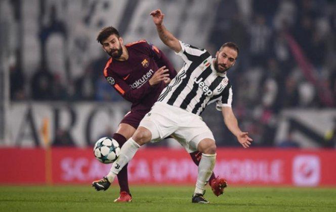 Barcelona x Juventus - 2017/18 - Primeiro no Grupo D - Uma vitória (3 x 0) e um empate (0 x 0) com a Juventus