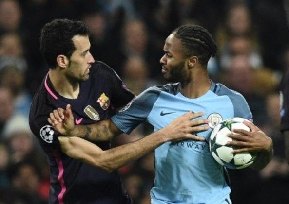 Barcelona x Manchester City - 2016/17 - Primeiro no Grupo C - Uma vitória (4 x 0) e uma derrota (3 x 1) para o Manchester City