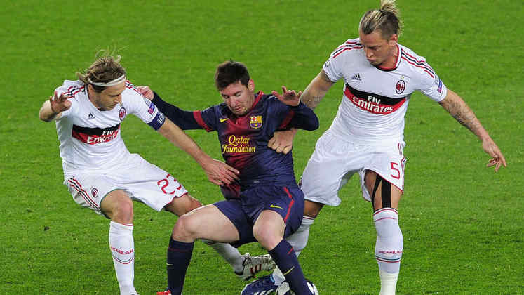 Barcelona x Milan - 2013/14 - Primeiro no Grupo H - Um empate (1 x 1) e uma vitória (3 x 1) sobre o Milan