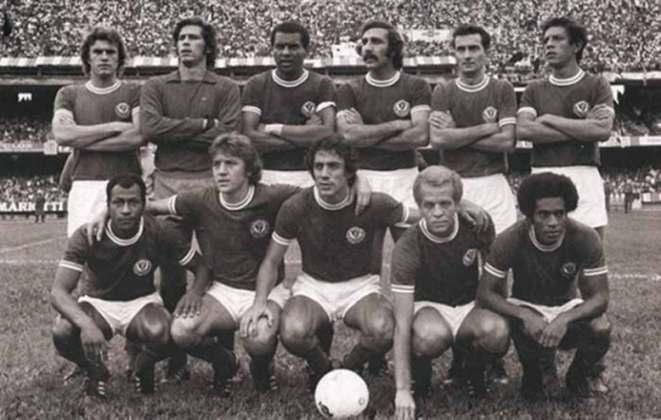 Barcelona x Palmeiras - 3 jogos - 2 vitórias do Palmeiras (1969 e 1974 [foto]) e 1 empate (1949).