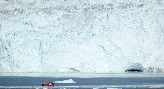 A Groenlândia tem uma localização estratégica do ponto de vista geopolítico