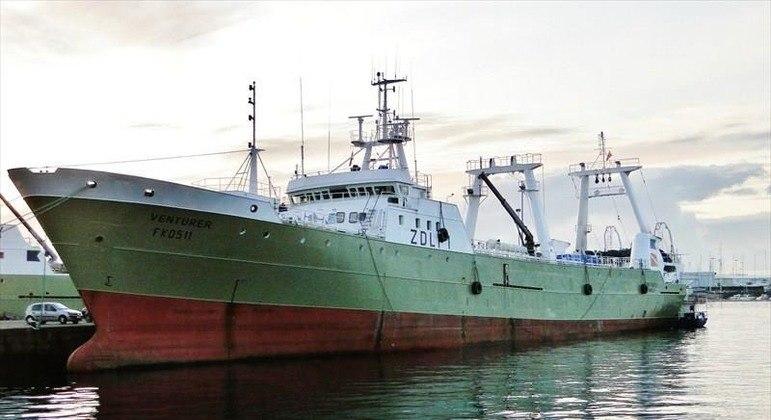 Barco tem metade da tripulação com covid-19