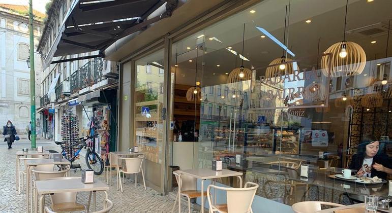 Bares e restaurantes já podem receber frequentadores em Portugal com desconfinamento