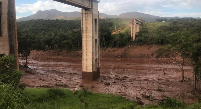 Rompimento de barragem em Brumadinho ocorreu em 25 de janeiro de 2019