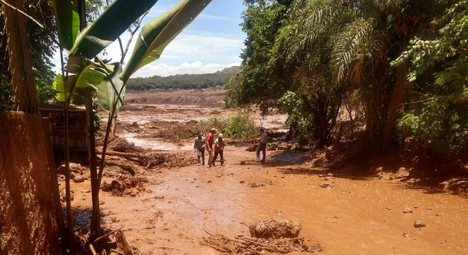 Acordo visa reparar os danos causados pelo rompimento da barragem