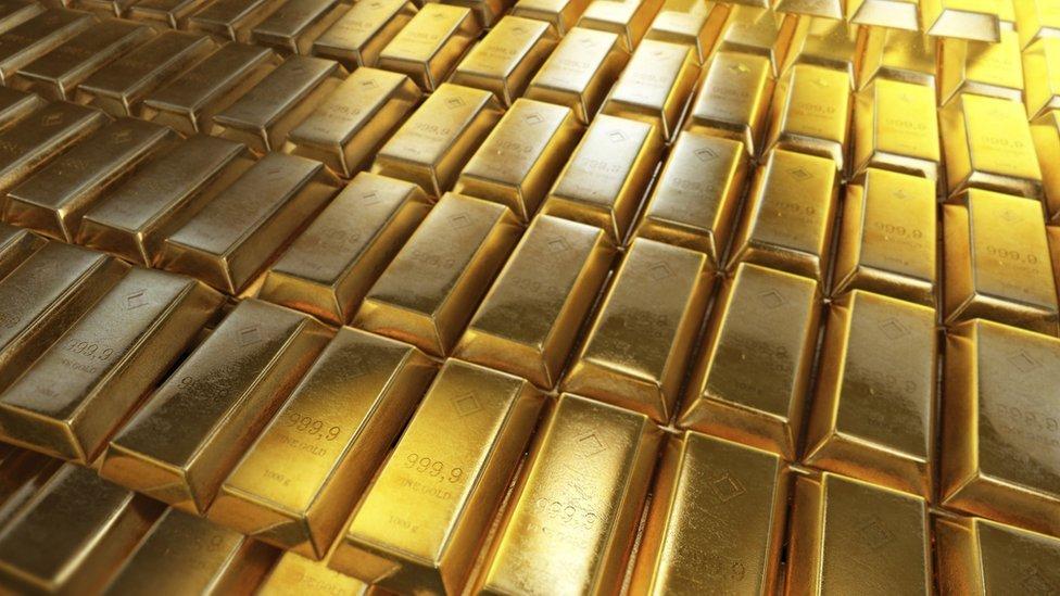 Estima-se que ainda existam cerca de 50.000 toneladas de ouro na Terra