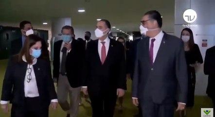 """Em vídeo que circula nas redes sociais Barroso diz que """"eleição se toma"""""""