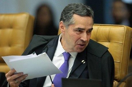 Barroso pede que tema seja analisado com urgência