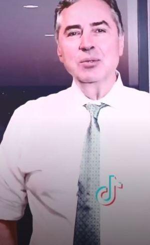 Barroso grava TikTok