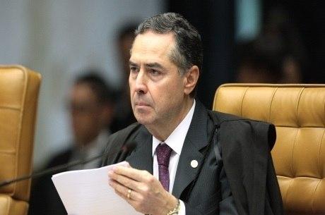 Barroso vota contra HC de Lula