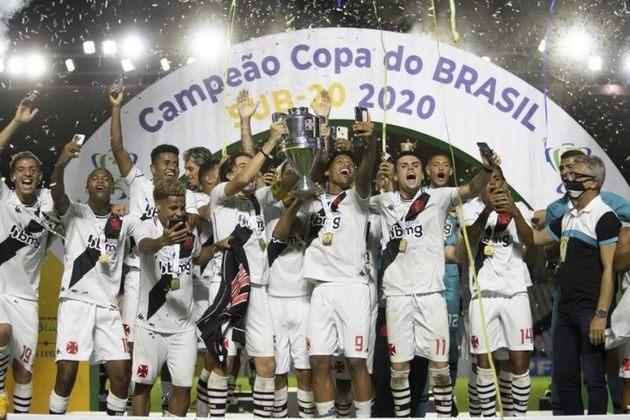 Base - As categorias inferiores do Cruz-Maltino seguiram revelando valores que, inclusive, já serviram ao time principal. O time de juniores foi campeão estadual e da Copa do Brasil.