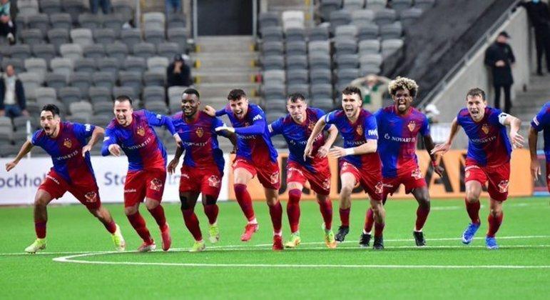Basel, elegria pelo 0 X 0 bem longe da sua sua Suíça