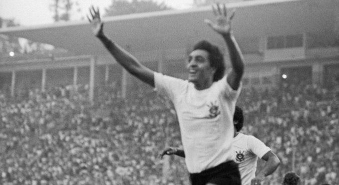 Basílio foi campeão paulista em 1977, pelo clube de coração