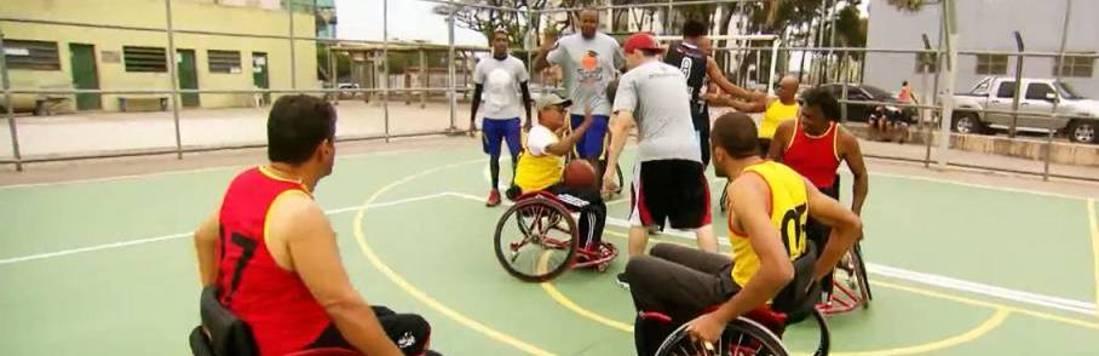Faça Parte: atletas do basquete encaram desafio sobre rodas