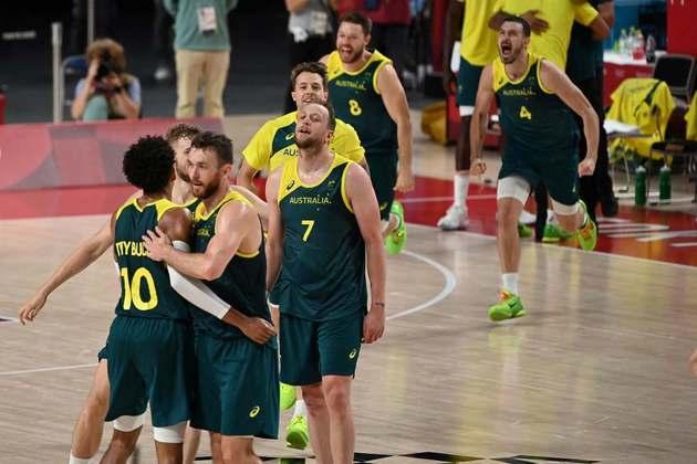 BASQUETE MASCULINO - A Austrália venceu a Eslovênia por 107 a 93 e conquistou a medalha de bronze.