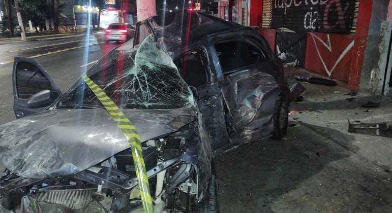 Policial morreu após invadir salão de beleza em acidente com carro na zona norte de SP