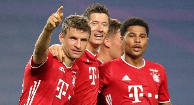 Thomas Mueller, Lewandowski e Gnabry