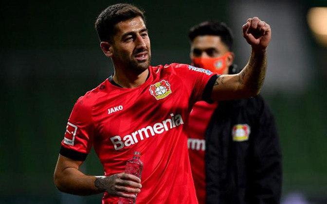 Bayer Leverkusen: Demirbay - R$ 200 milhões - O meio campista já chegou ao Bayer e assumiu a titularidade, se tornando um dos pilares da equipe de Peter Bosz, auxiliando na saída de bola e sendo fundamental ao esquema