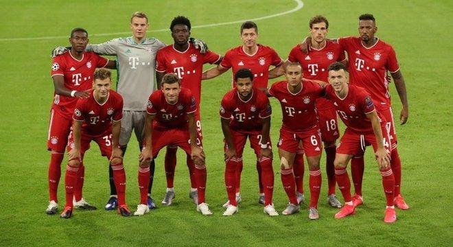 O Bayern, na partida em que obteve a classificação