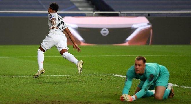 Gnabry, Bayern 3 X 1