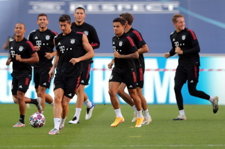 Lewandowski lidera Bayern, 5 vezes campeão da Liga