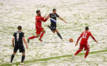 Bayern de Munique x Arminia Bielefeld, neve