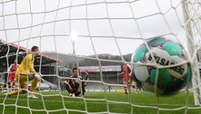 Bayern é exceção na bolha de dívidas do futebol europeu