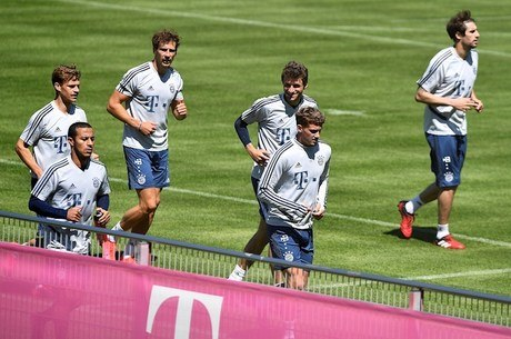 Jogadores do Bayern se preparam para retorno