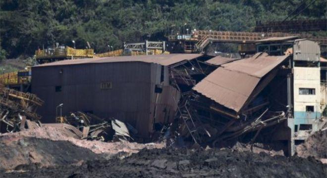 As próprias instalações administrativas da Vale e o refeitório dos funcionários ficavam logo abaixo da barragem