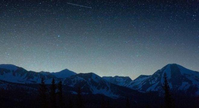 A queima de lixo espacial na atmosfera pode criar chuvas de meteoros sob demanda, que superariam até mesmo a mais espetacular queima de fogos de artifício