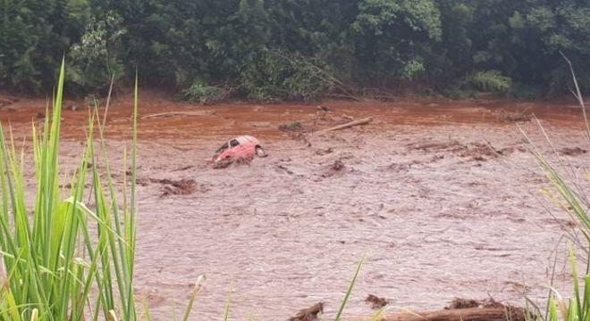 Buscas continuam na região atingida pelo rompimento da barragem da Vale em Brumadinho
