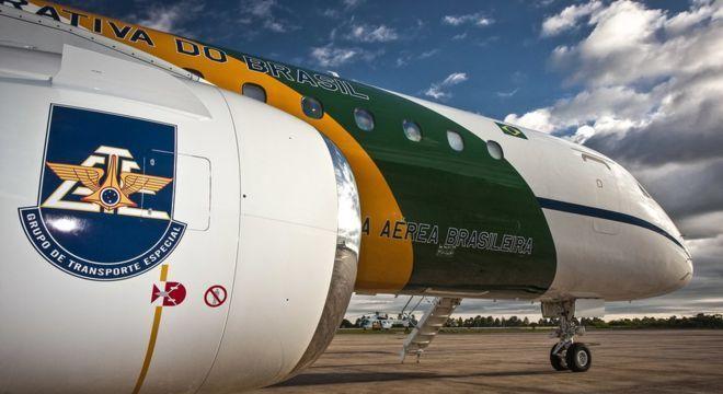 Um dos aviões da Embraer que transportam autoridades e ajudam em comitivas