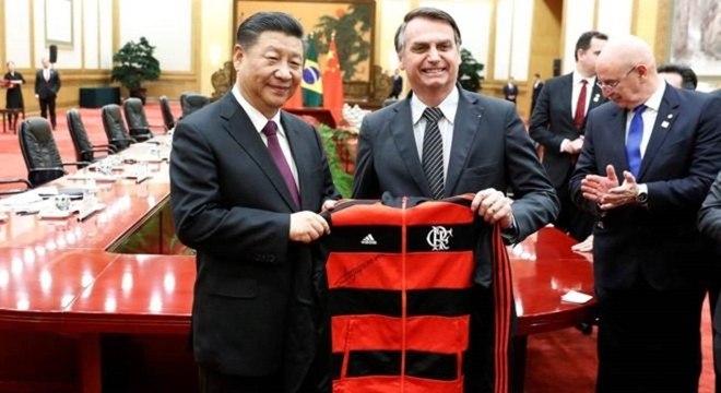 Da forte aproximação do Brasil com o governo Donald Trump, à reação aos incêndios na Amazônia e o acordo entre Mercosul à União Europeia, a posição brasileira no xadrez internacional sofreu grandes mudanças