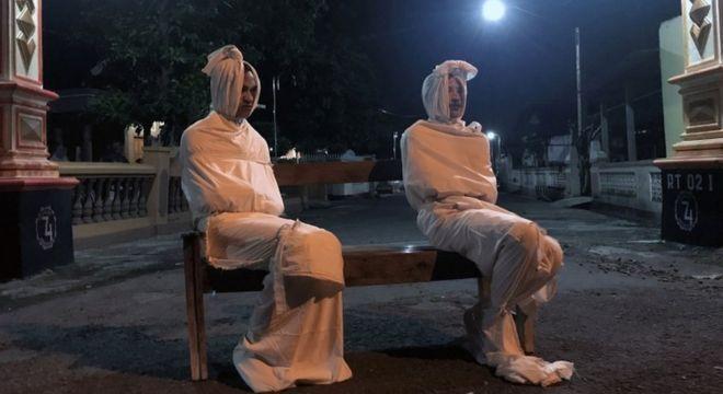 'Fantasmas' da Indonésia ajudam na luta contra o coronavírus