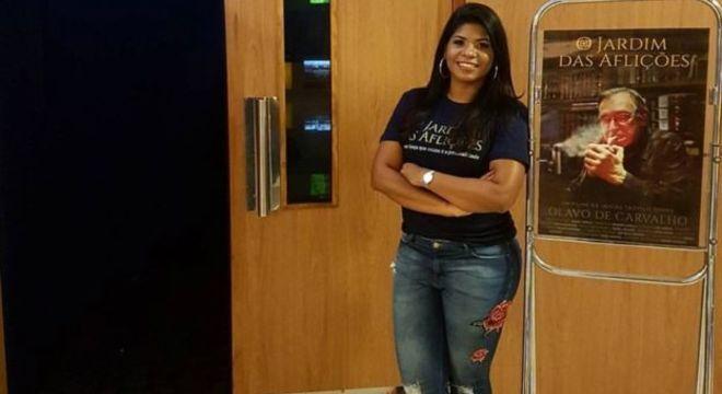 A marítima Renata Karla Andrade, de 31 anos, apoia Jair Bolsonaro desde que conheceu o projeto de lei de castração química para estupradores, uma das bandeiras do deputado
