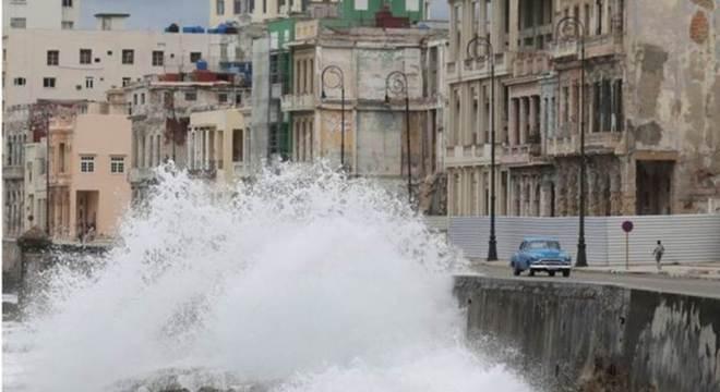 Laura atingiu Cuba, mas ninguém morreu